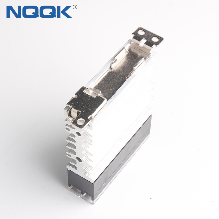 Slim size 10A 15A 25A 40A Zero cross or random turn on SSR Solid State Relay with heat sink